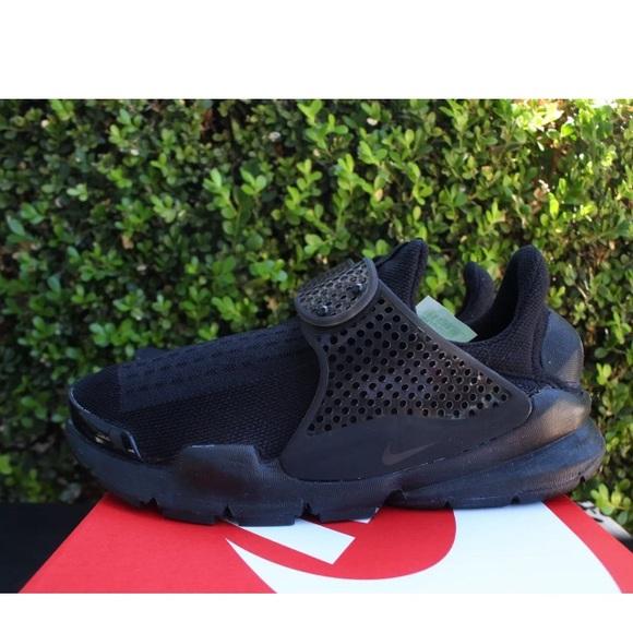 Women s Nike Sock Dart Blackout 65bad9bdc